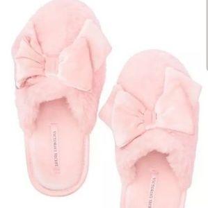 New VICTORIA'S SECRET Slippers Slides 7 8 Pink bow